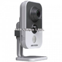 Wi-Fi 4MP IP камера Hikvision, слот за памет, IR 10m DS-2CD2442FWD-IW